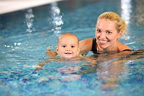 Babyschwimmen 9-18 Monate